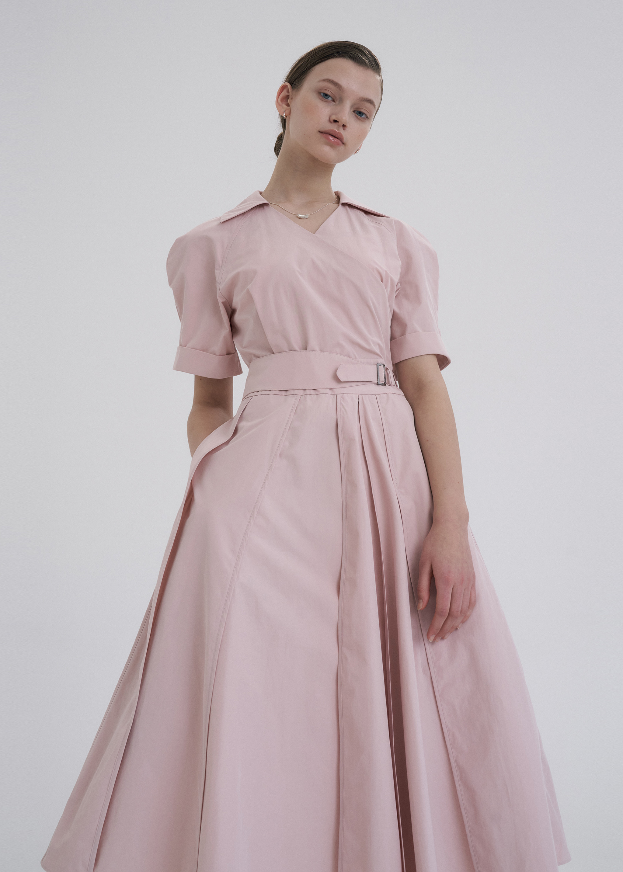 BINDING FLARE DRESS (BABY PINK)