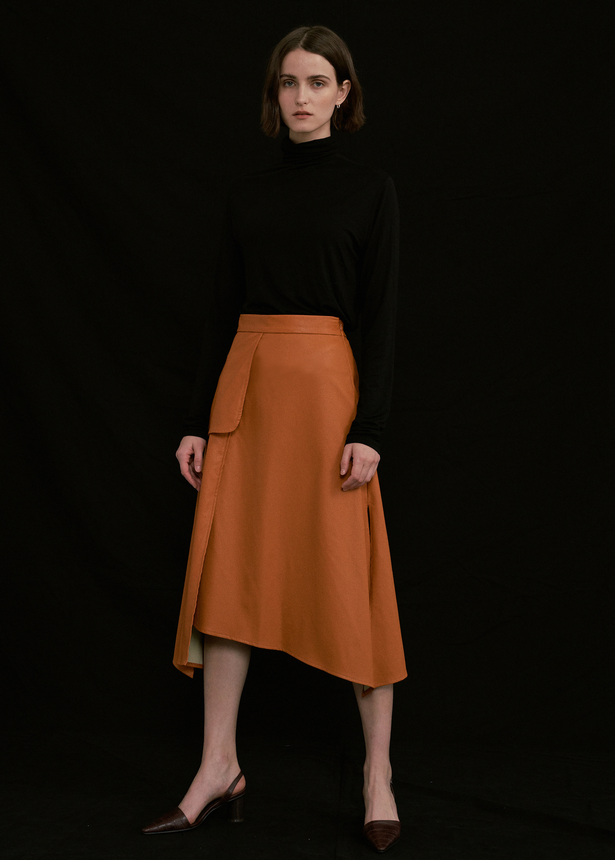 LEATHER SPLIT SKIRT (ORANGE)
