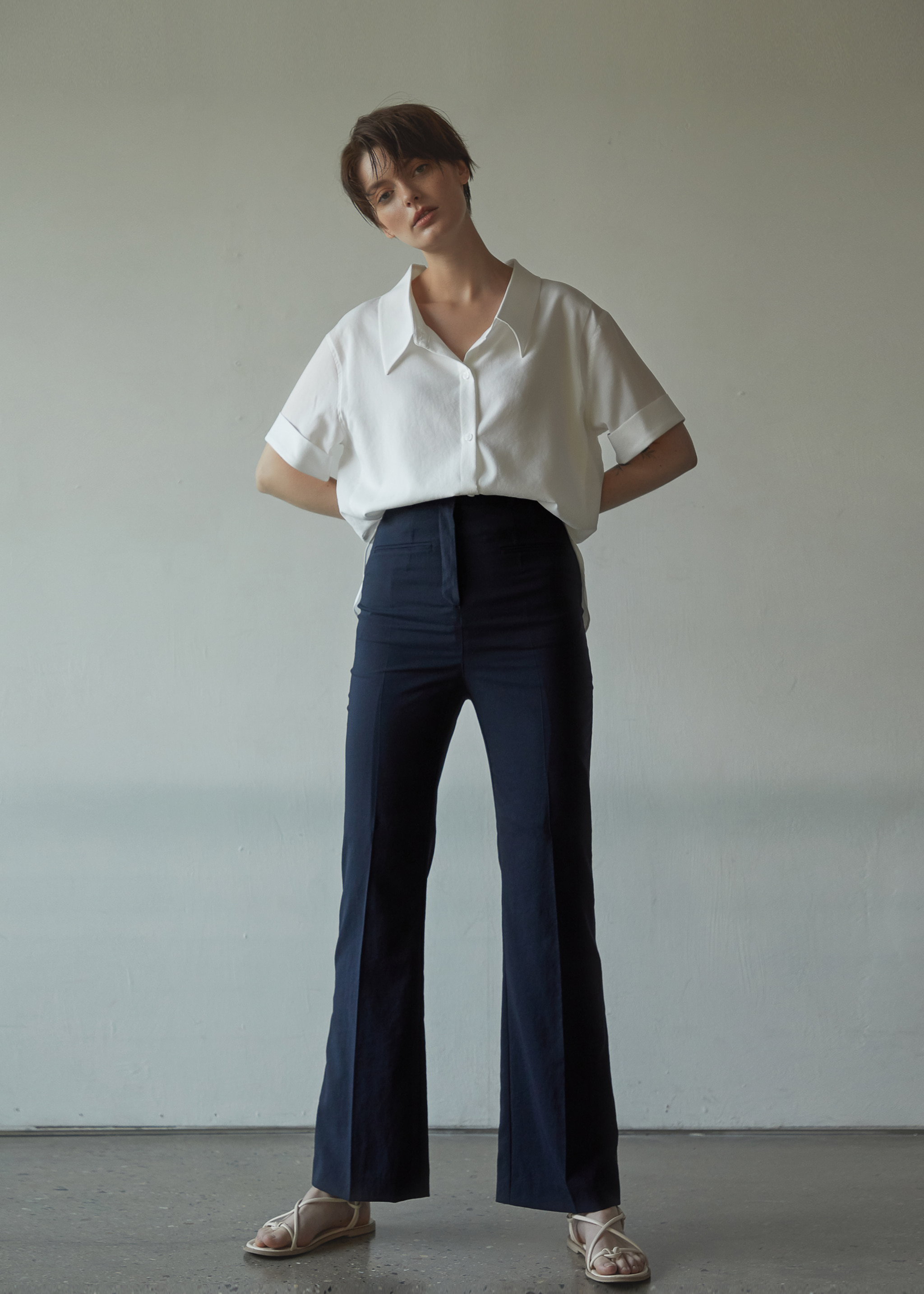 BOOTS CUT HIGH WAIST PANTS (NAVY)