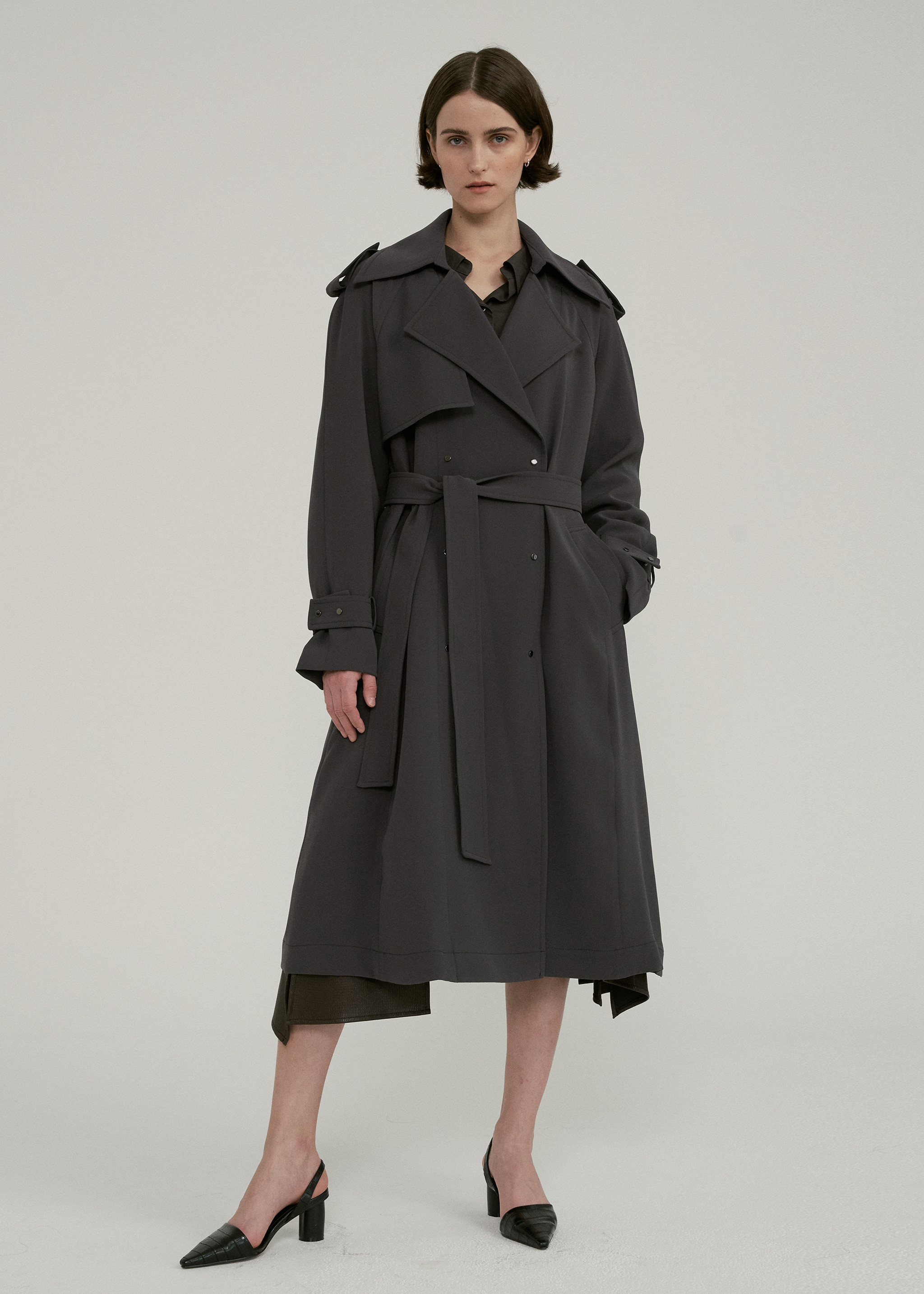 OVERSIZED RAGLAN TRENCH COAT (DARK GREY)