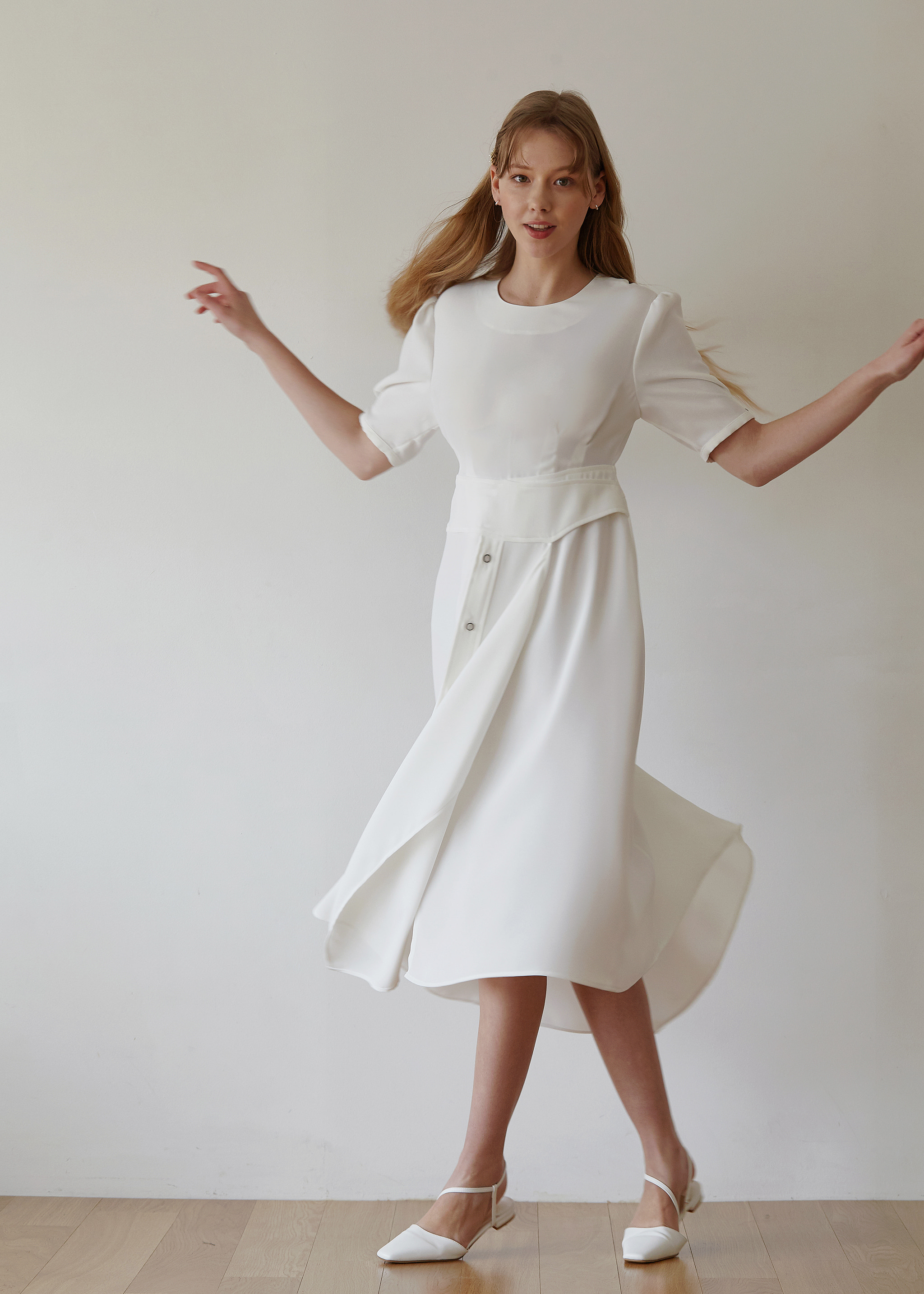 LAYERED BUTTON DRESS (WHITE)