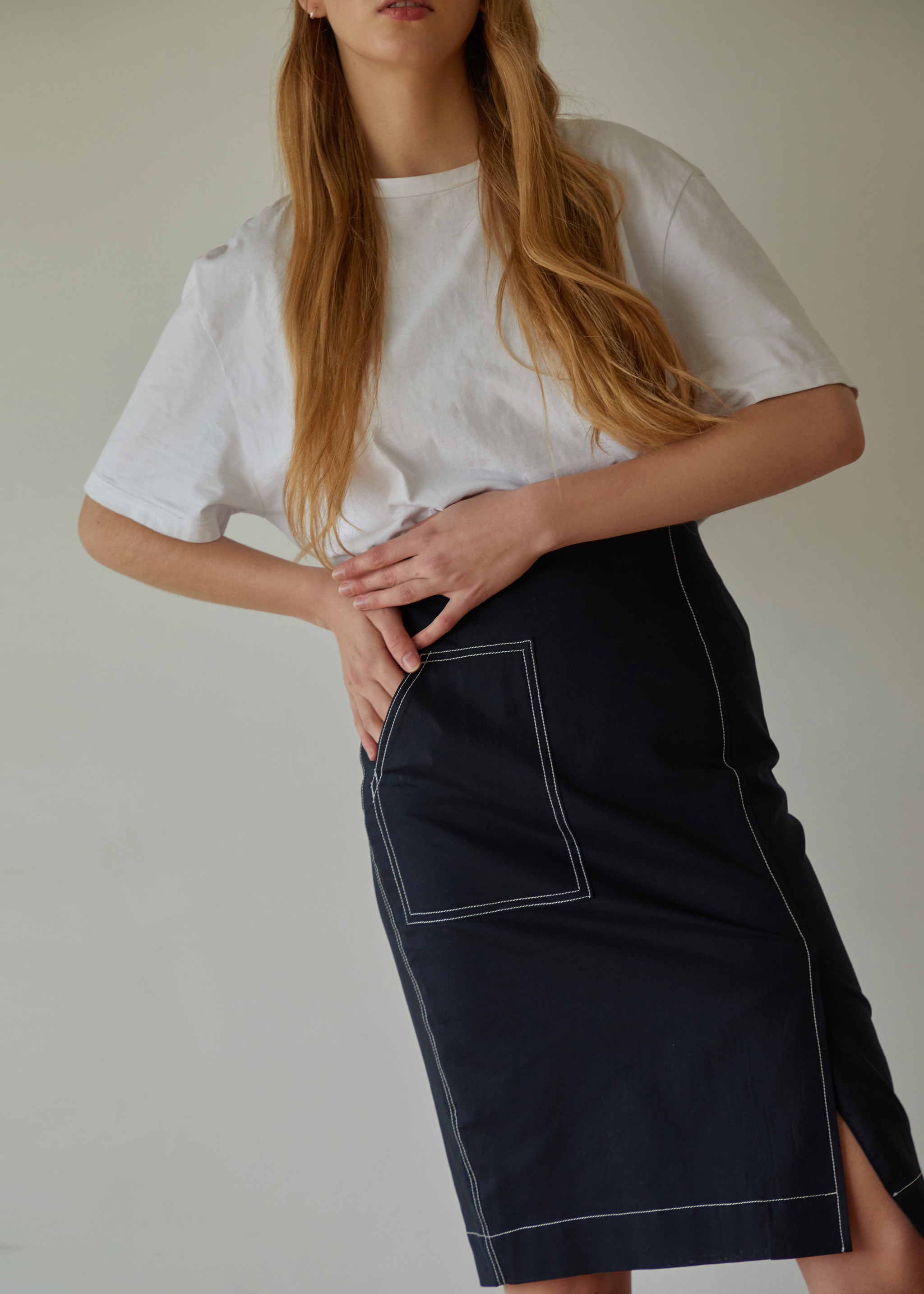 STITCH PENCIL SKIRT (NAVY)